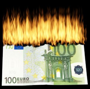 burn-money-1463224_1280